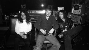 De gauche à droite : Ronnie James DIO, Martin Birch et Ritchie BLACKMORE