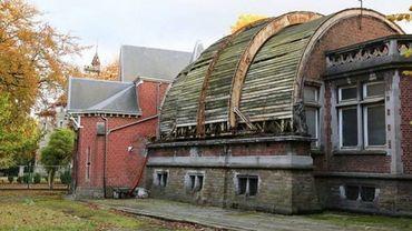 Le bâtiment, propriété de la Région wallonne, est en piteux état.