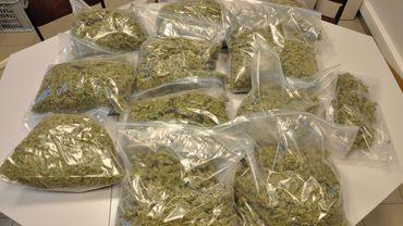 Les deux prévenus avaient été interpellés avec 7,5 kilos de cannabis, lors d'un contrôle routier.