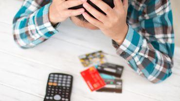 Coronavirus en Belgique: Test Achats demande un gel des sanctions liées aux remboursements de crédits à la consommation