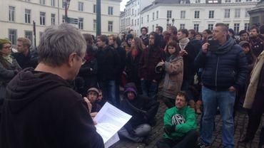 """La toute première """"Nuit Debout"""" de Belgique a eu lieu à Bruxelles"""