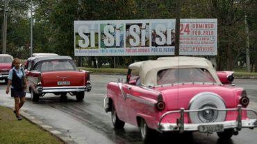 """Des affiches appellent à voter """"oui"""" au référendum sur la nouvelle constitution cubaine, le 13 février 2019 à La Havane"""