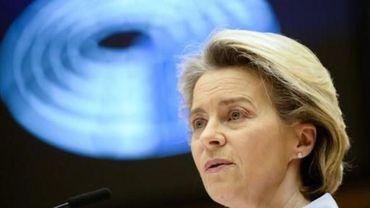 Ursula von der Leyen reconnait des erreurs au niveau UE