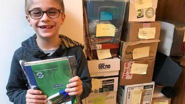À 10 ans, Victor fournit des fournitures scolaires aux plus démunis