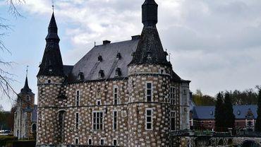 Le château de Jehay à Amay, fait partie des sites touristiques qui s'en sortent plutôt bien