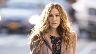 """Sarah Jessica Parker dans les rues new-yorkaises pour sa nouvelle série """"Divorce"""" prévue en 2016 sur HBO"""