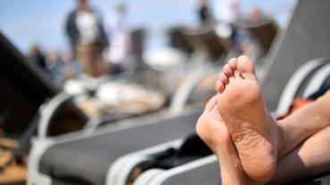 Un milliard d'individus ont les doigts de pieds en éventail.