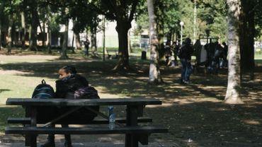 Les migrants subissent aussi les conséquences de l'épidémie et du confinement qui l'accompagne