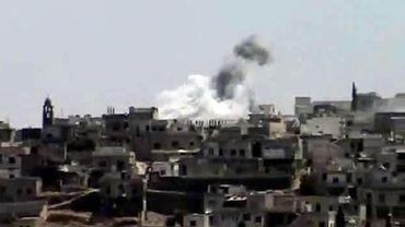 L'armée syrienne bombarde Rastane