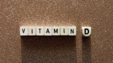 Les carences en vitamine D augmentent-elles le risque de gravité du Covid-19 ?