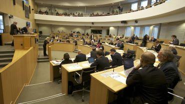 Génocide arménien: le Parlement de la Fédération observe une minute de silence