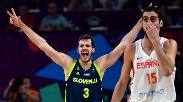 La Slovénie décroche sa première finale aux dépens de l'Espagne, tenante du titre