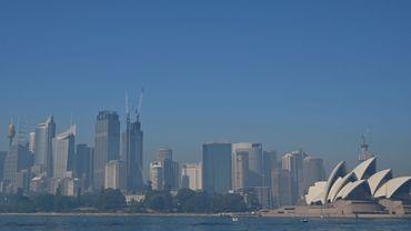 Feux de brousse en Australie: un épais voile de brume recouvre la ville de Sydney