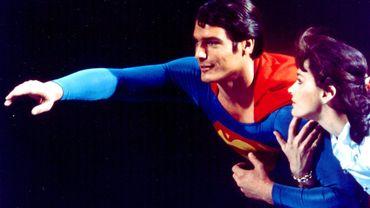"""Margot Kidder, la Lois Lane des films """"Superman"""", s'est suicidée"""