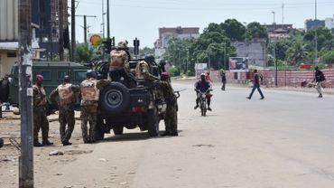 """Mutinerie en Côte d'Ivoire: """"Un accord a été trouvé"""", annonce le ministre de la Défense"""