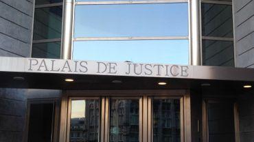 Meurtre de Chantal Humblet: le couple arrêté reste en prison (photo: Palais de Justice de Liège)