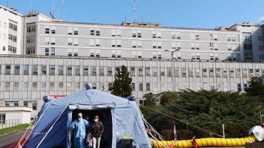 Coronavirus: l'Italie envoie 20.000 renforts dans ses hôpitaux, dont des retraités