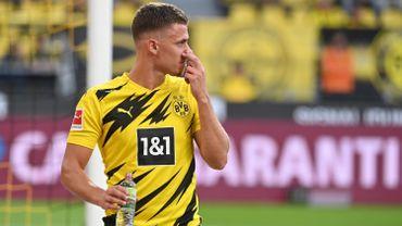 Thorgan Hazard sort blessé en début de rencontre