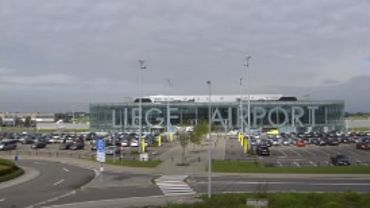 """Tensions sociales chez Skeyes : une cinquantaine de vols """"impactés"""" à Liege Airport,"""