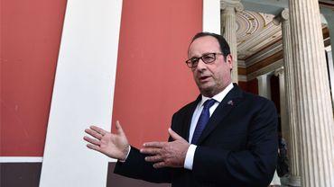 """""""La vigilance doit être renforcée autant qu'il est nécessaire"""", a dit le président français."""