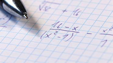 2% des élèves de 4e ont un niveau avancé en mathématiques. La moyenne en Europe s'élève à 11%.
