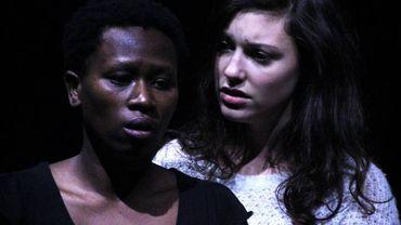 """Consolate Sipérius et Florence Crickx dans """"Crever d'amour"""" d'Axel Cornil"""