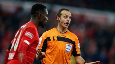 """Paul José Mpoku : """"Et après on s'étonne qu'il n'y ait pas d'arbitre belge en Europe..."""""""