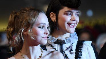 Lily-Rose Depp et Soko à Cannes