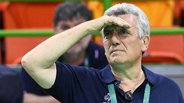 Onesta, l'emblématique entraîneur du hand français, passe la main