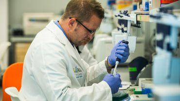 Ces nouvelles technologies permettent d'analyser immédiatement les cellules prélevées.