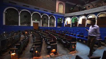 Le Regal, l'un des plus vieux cinémas d'Inde, éteint les lumières