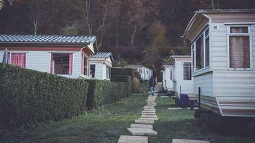Fedasil occupe le camping Polleur à Theux (Liège) depuis novembre 2019.