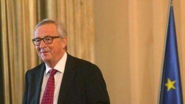 """Juncker ne veut pas de """"retard supplémentaire"""" dans les discussions sur le Brexit"""