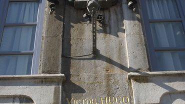 La Maison de Victor Hugo ouvrira ses portes en septembre 2013. Photo : détail de la façade de la Maison natale de l'écrivain