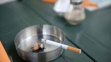 L'interdiction de fumer n'est pas respectée partout