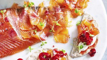 Saumon gravlax au gingembre et cerises