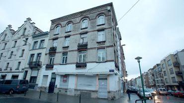 Attentats de Paris: cinq nouvelles perquisitions à Molenbeek et Saint-Josse