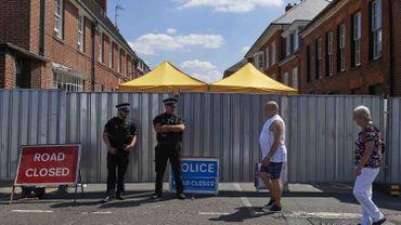 """Couple de Britanniques empoisonnés: la police britannique a trouvé """"une petite bouteille"""" contenant du Novitchok"""