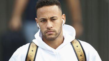 Le Real Madrid dément préparer une offre pour recruter Neymar
