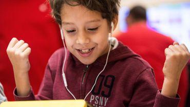 Épanouissement de l'enfant, troubles de l'apprentissage ou mode de vie non traditionnel expliquent le recours à l'enseignement à domicile.
