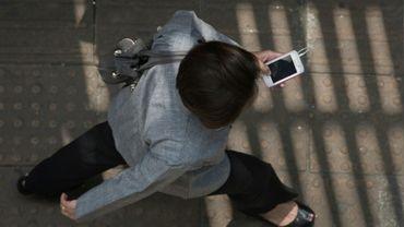 Ava, une application mobile destinée aux sourds et malentendants permettant de sous-titrer en temps réel des échanges verbaux dans un groupe, a été officiellement lancée en France mercredi, après avoir déjà conquis quelque 50.000 personnes aux Etats-Unis en six mois.