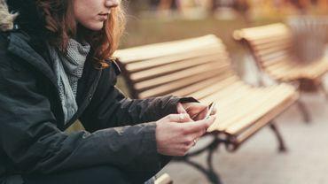 Une addiction au smartphone permettrait de repérer les personnes sujettes à la dépression.