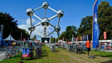 Dernière étape ce dimanche au pied de l'Atomium !