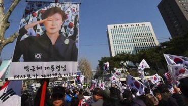 L'ex-président sud-coréenne Park interrogée par la justice