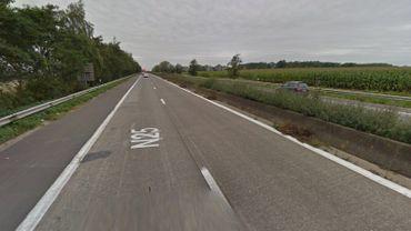 Camion en feu sur la N25: retards vers Louvain-la-Neuve