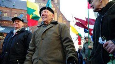La marche des vétérans de la Waffen SS, à Riga en 2013
