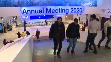 """Forum de Davos: 50 ans de réunions entre """" riches et puissants """" ?"""