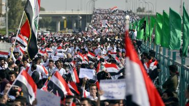 Quatre manifestants tués par des grenades lacrymogènes à Bagdad