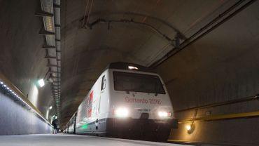Le tunnel a été creusé jusqu'à 2.300 mètres sous le massif alpin du Gothard