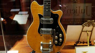La guitare sera proposée aux enchères vendredi à New York pour une valeur estimée entre 400.000 et 600.000 dollars